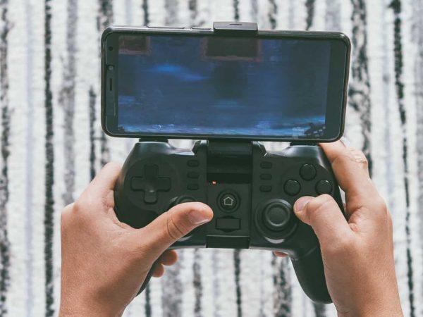 Un controller per smartphone