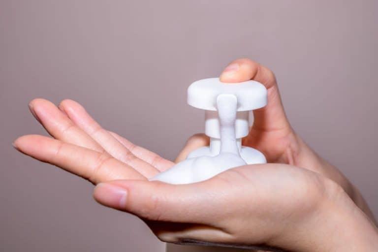 dispenser-sapone-particolare-xcyp1