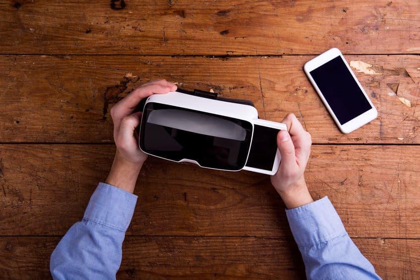 visore-per-realtà-virtuale-cellulare-xcyp1