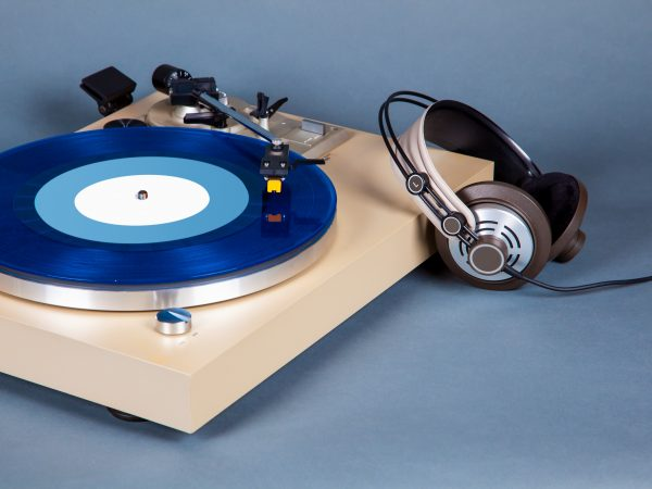 Analog Stereo Turntable Vinyl Record Player with Blue Disk and Headphones