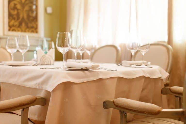 Classico tavolo al ristorante