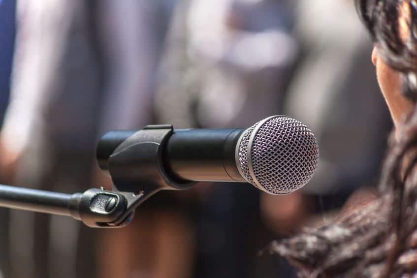 microfono-wireless-particolare-xcyp1