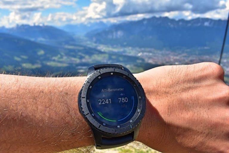 Uno smartwatch in primo piano