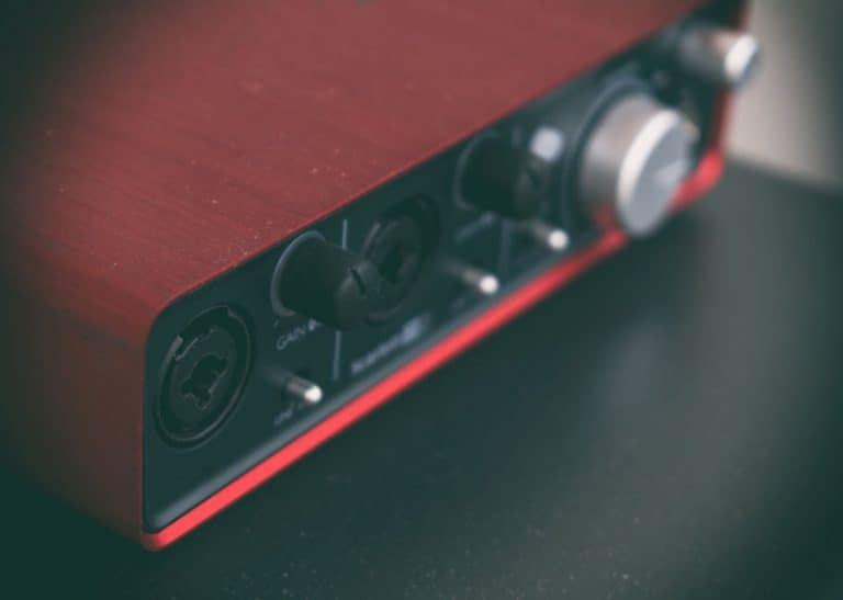 Particolare di scheda audio USB