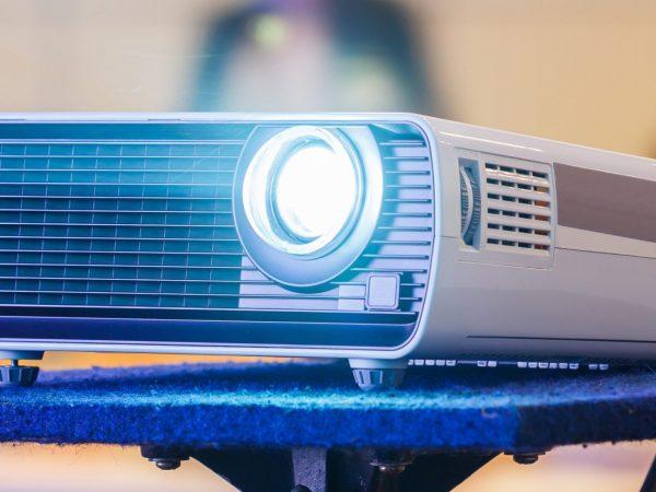 Miglior mini proiettore 2020: Guida all'acquisto