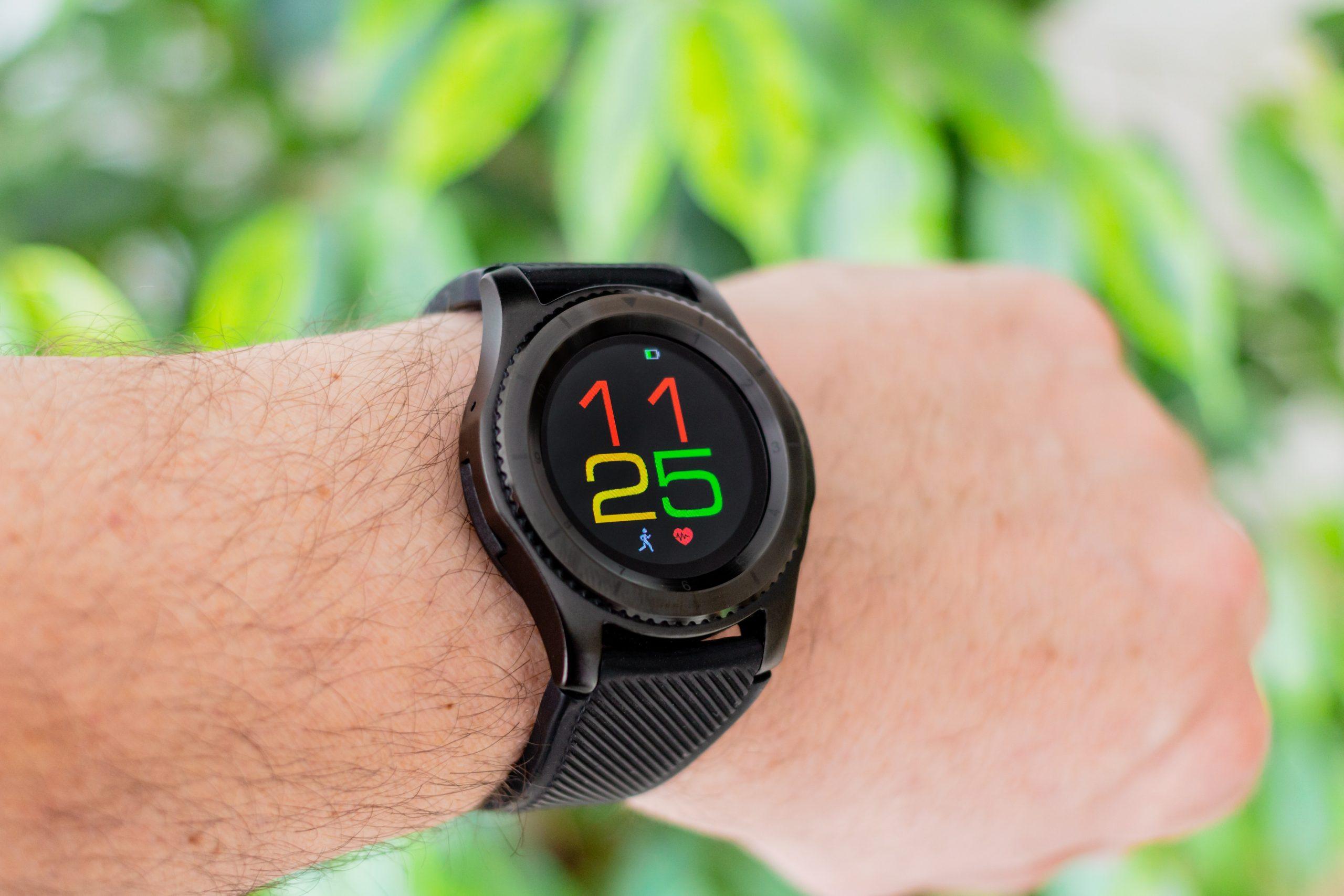 Uno smartwatch Android al polso
