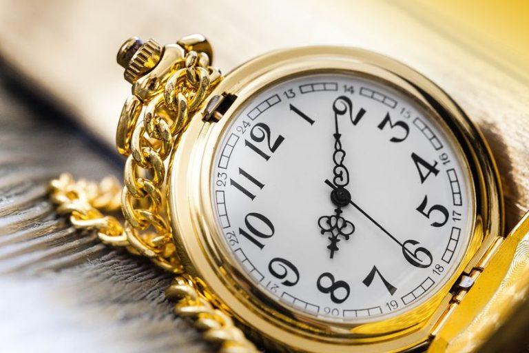 Orologio da taschino in primo piano