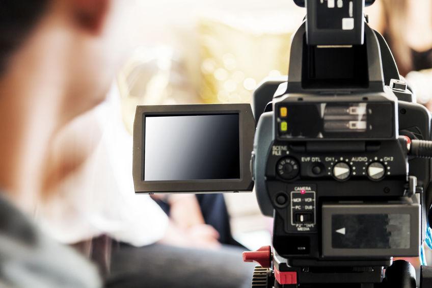 camarografo filmando