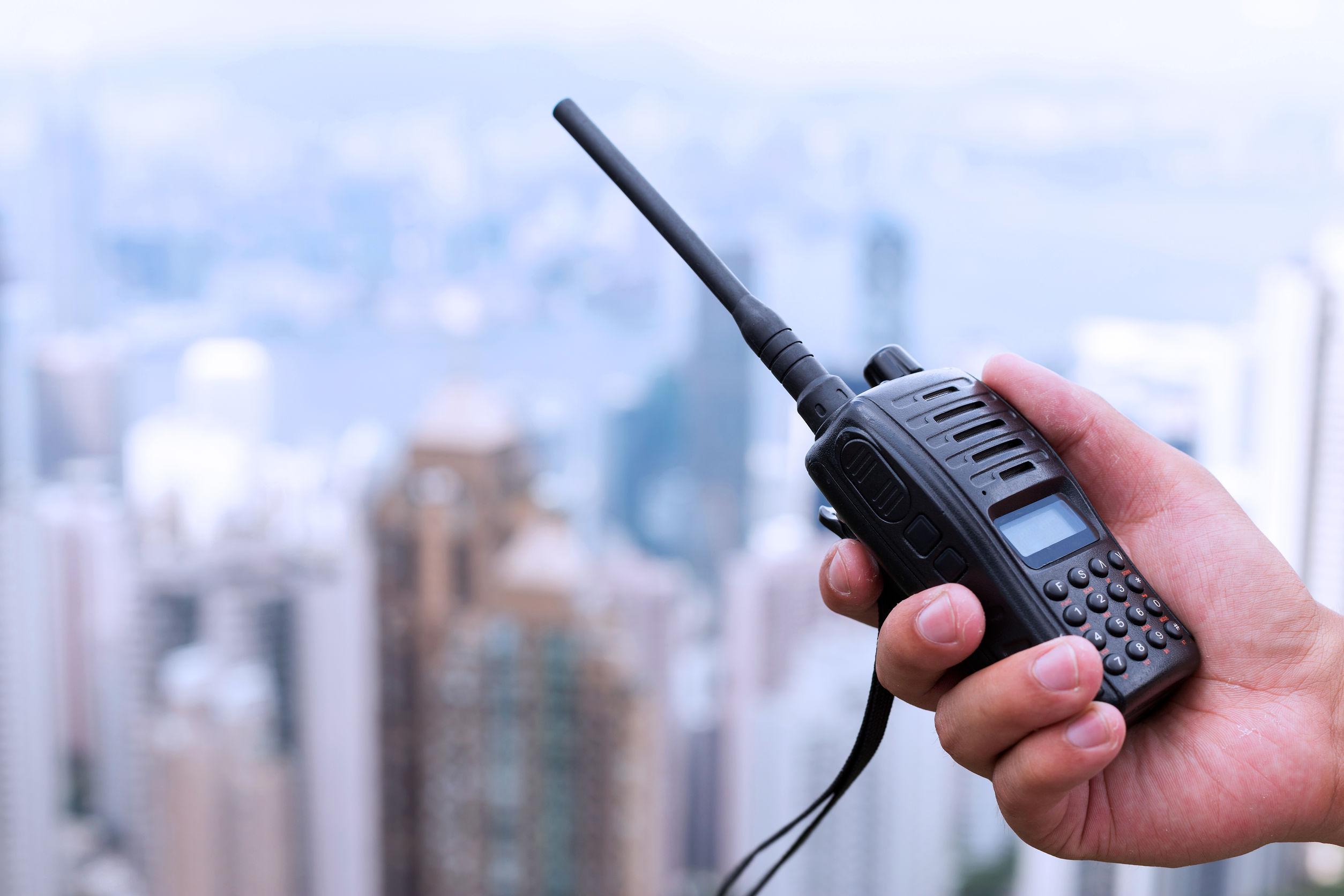 Primo piano su un walkie talkie