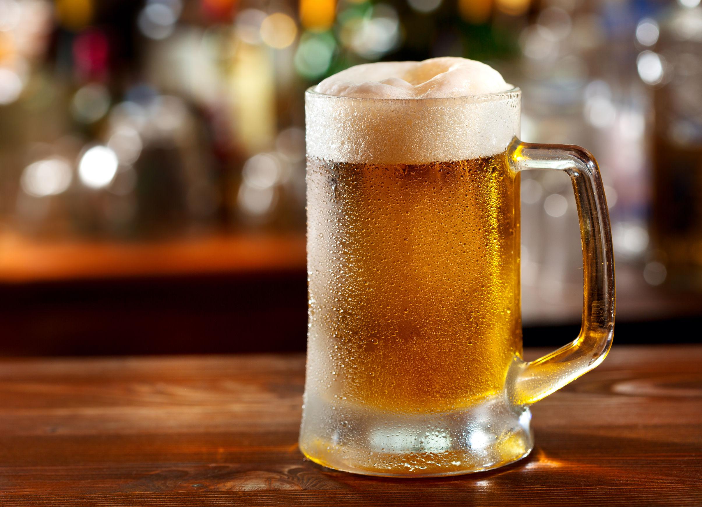 Un boccale di birra alla spina