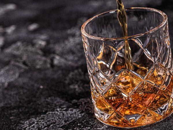 Bicchiere di bourbon