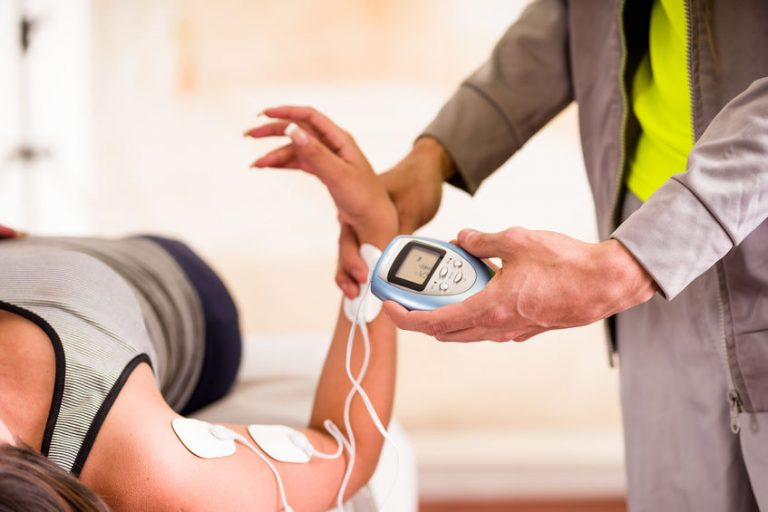 Elettrostimolazione a un braccio
