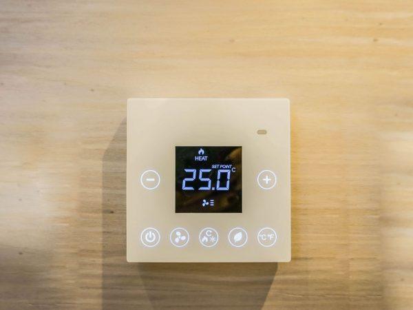 Un termostato intelligente in funzione