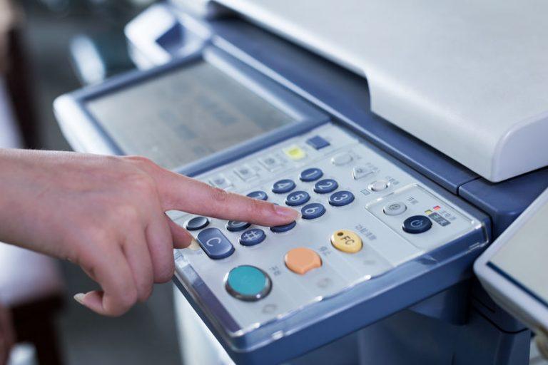 Particolare della tastiera di una fotocopiatrice