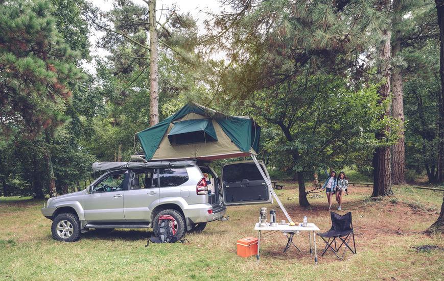Macchina carica di utensili per campeggio