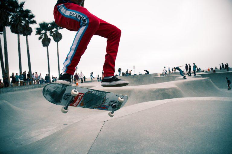Flip 360 con skateboard