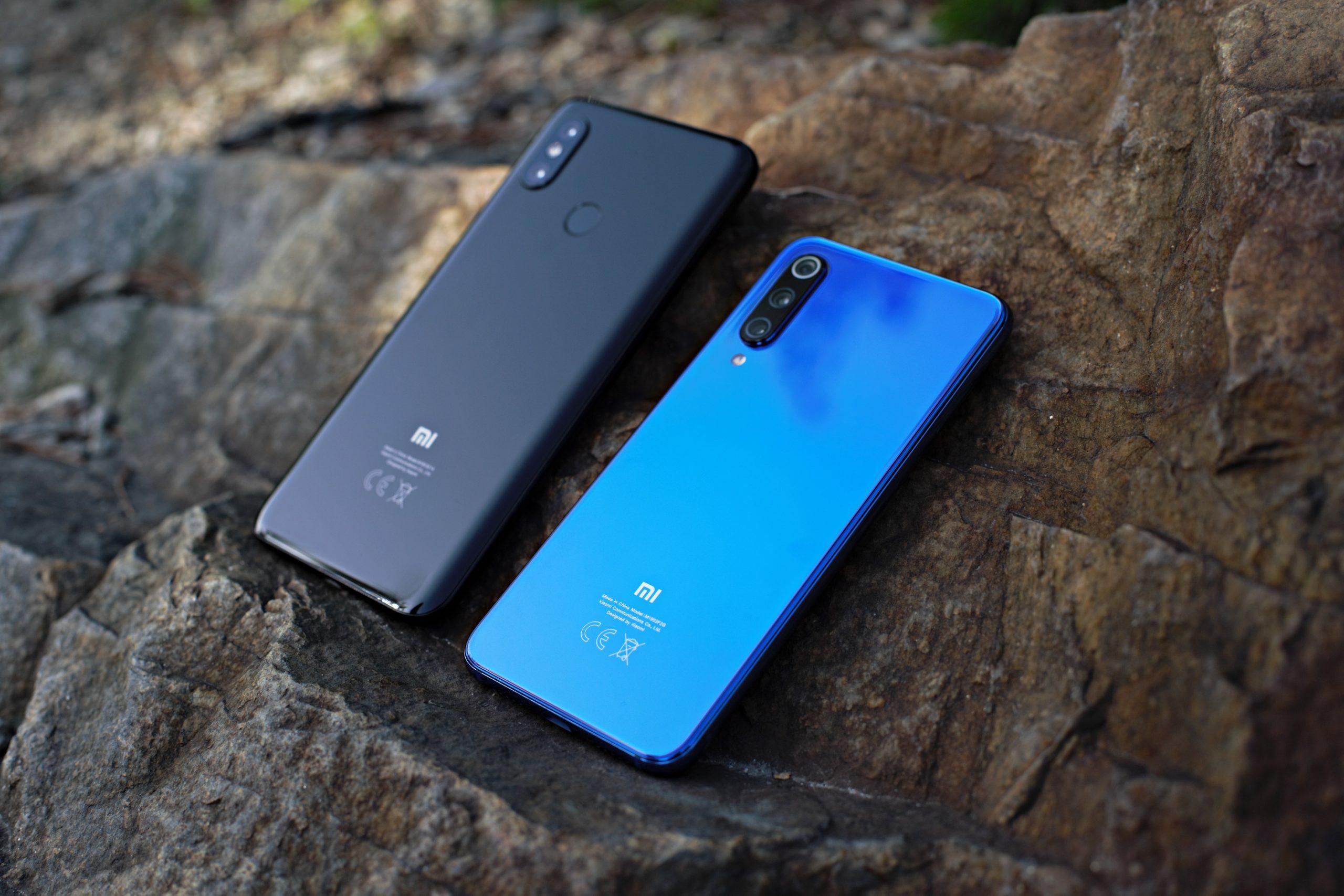 Due smartphone Xiaomi