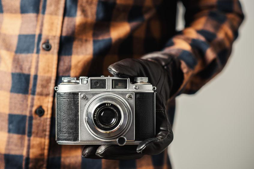 Primo piano su una macchina fotografica analogica