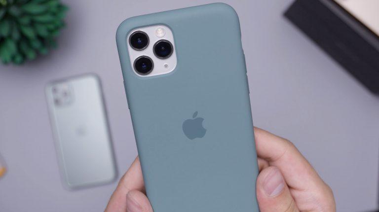 Cover iPhone azzurra