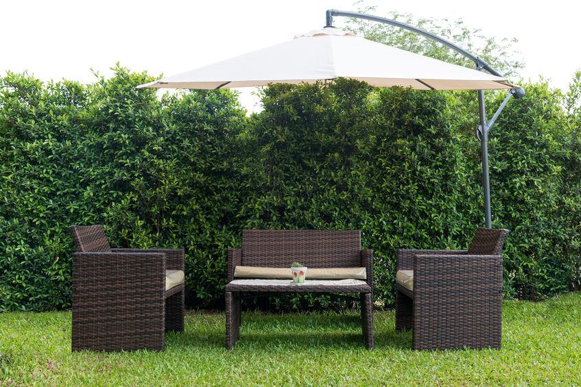 juego de sillones en jardin