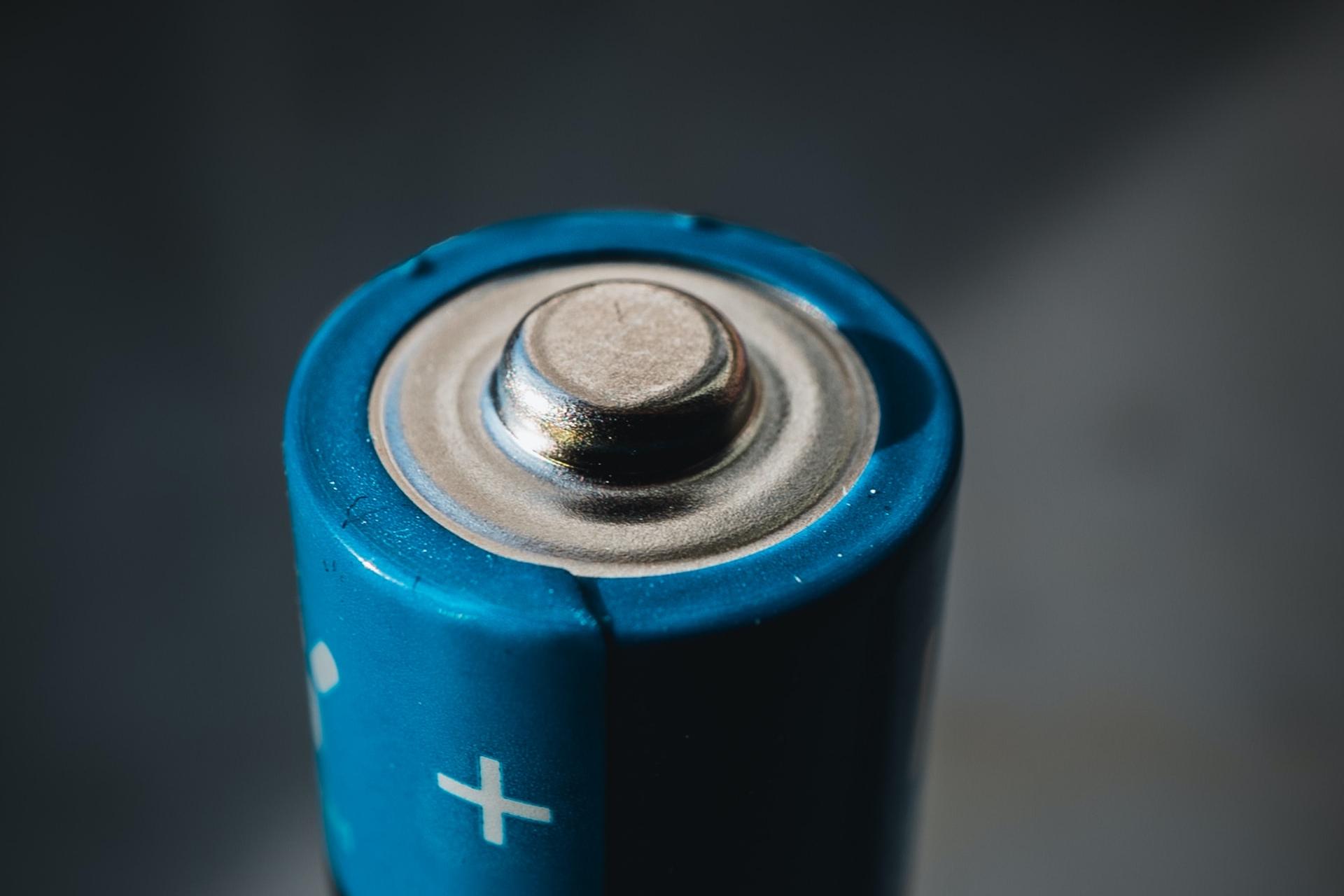 polo de batería