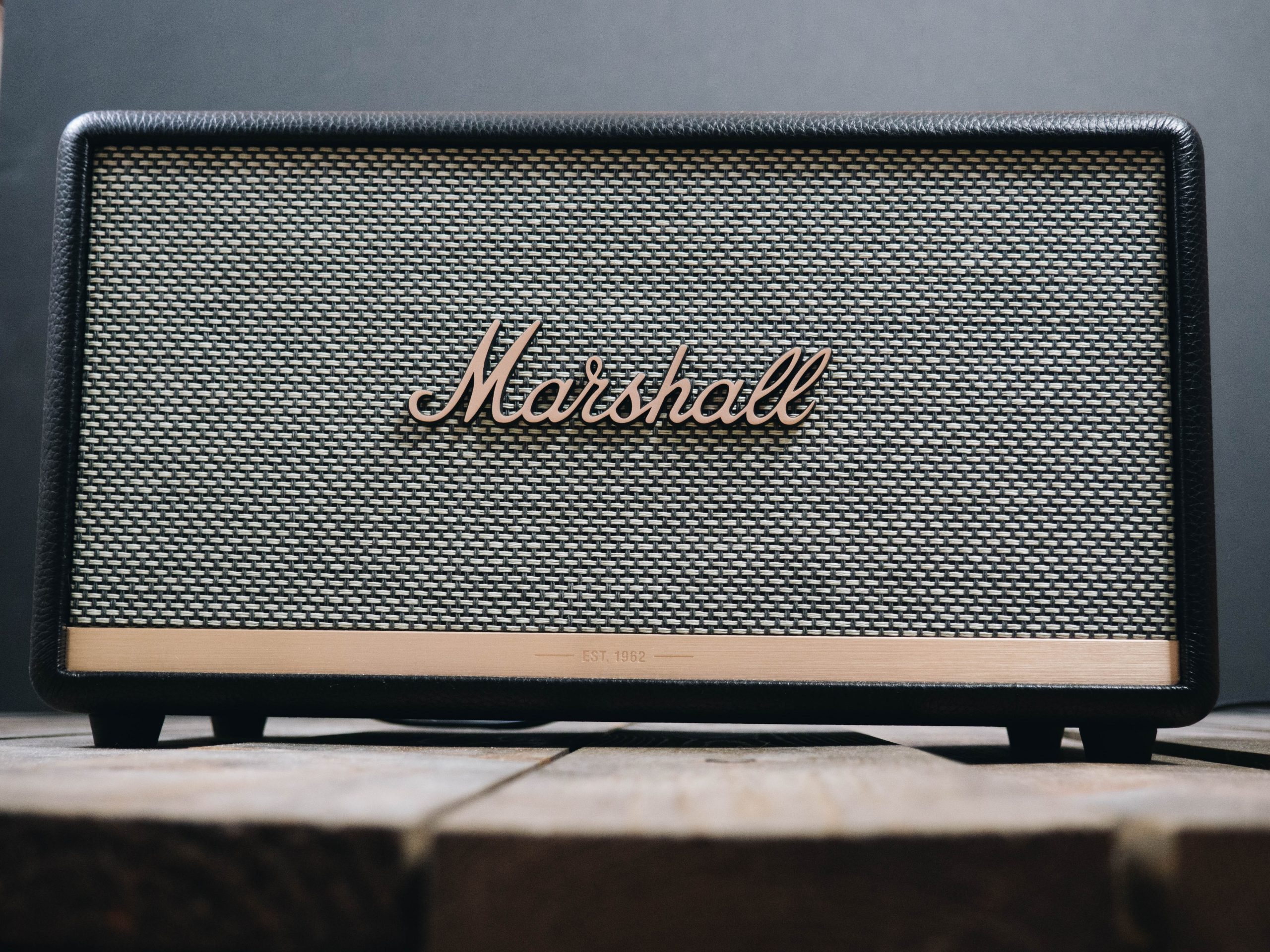 Vista de frente de amplificador marshall